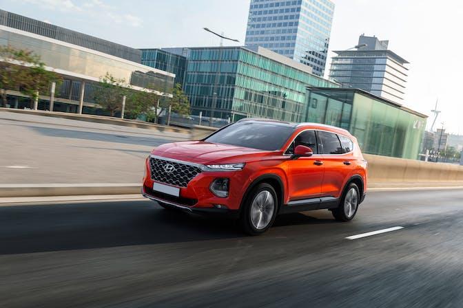 The front exterior of the Hyundai Santa Fe