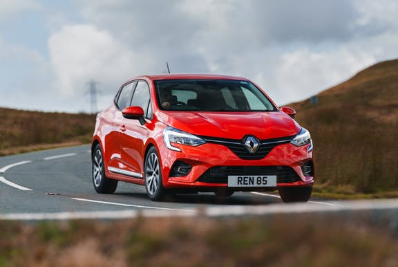 Renault Clio front driving