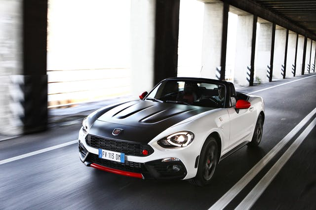 Abarth 124 Spider front exterior