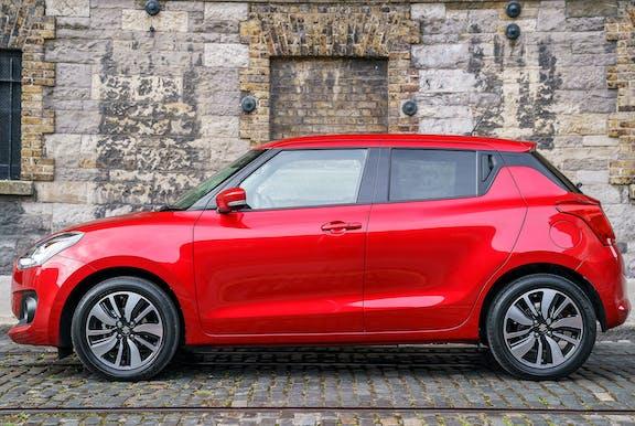Suzuki Swift side exterior