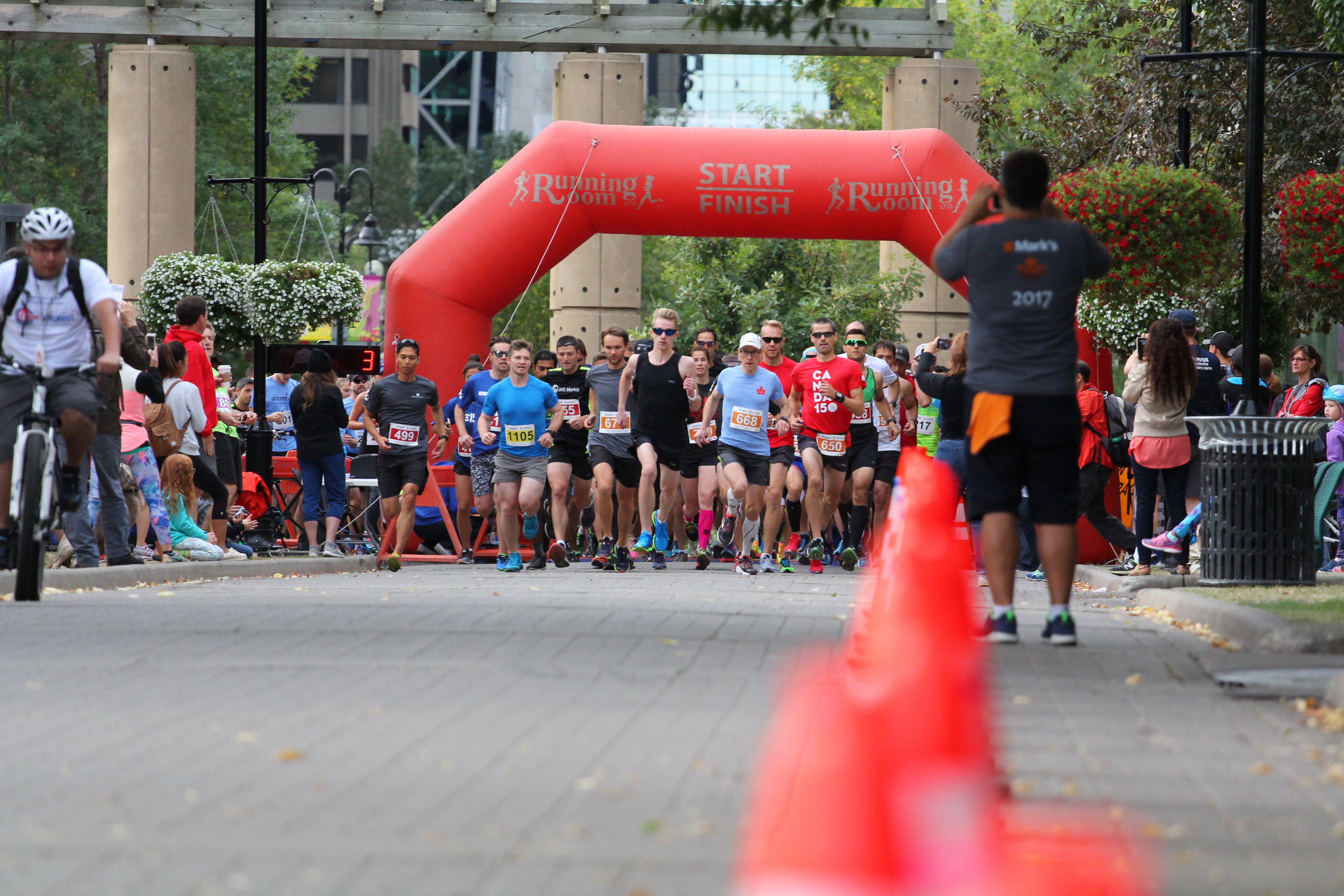 Runners taking off from the start line 10K