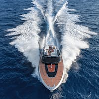 Cheval Blanc St-Tropez designs an outing on the sea with Riva Saint-Tropez