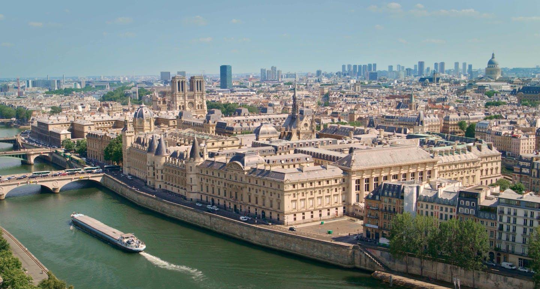 vue parisienne exclusive depuis la samaritaine