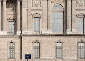 Museum le louvre near Cheval blanc paris hotel
