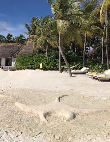 Sculpture sur sable