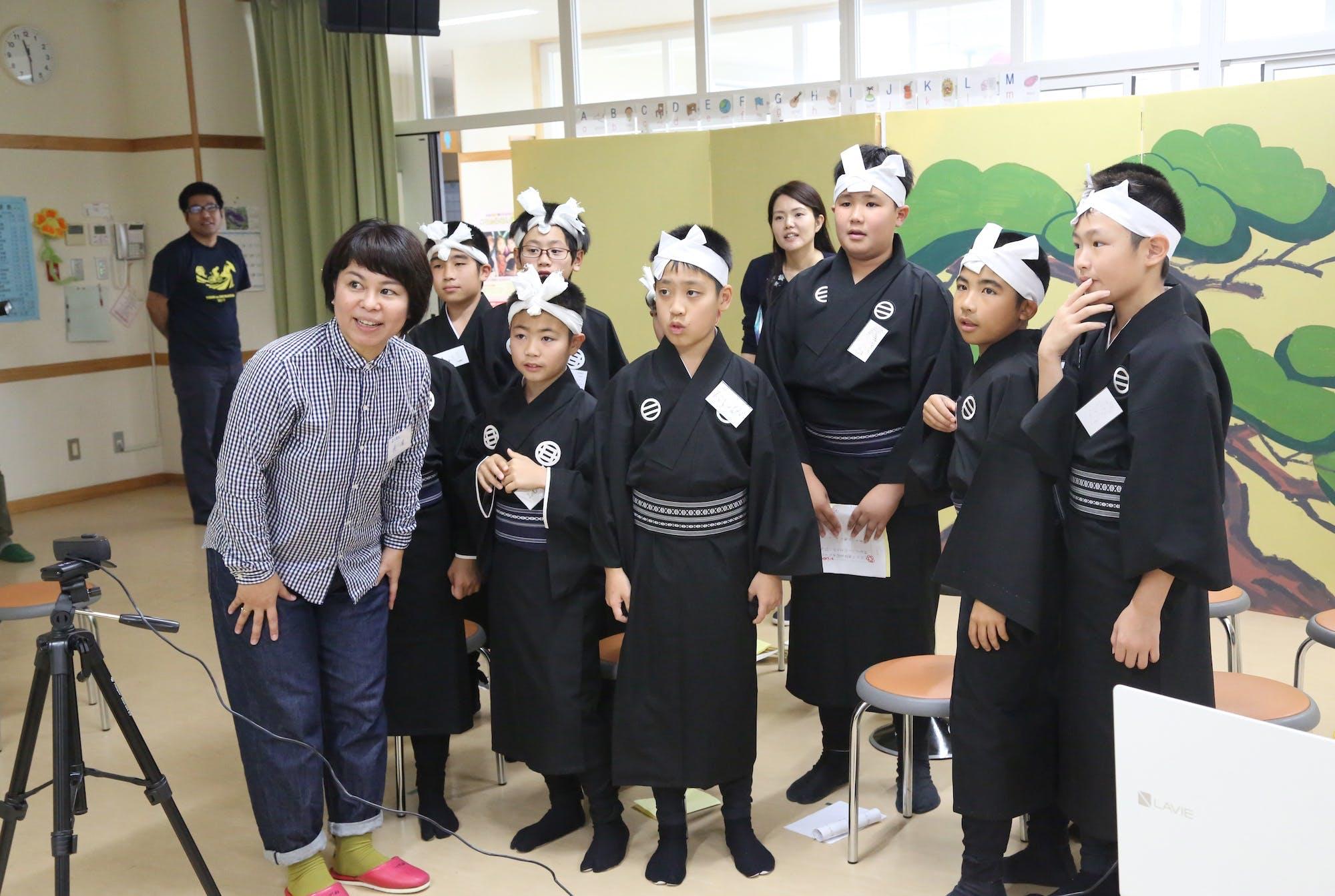 伊江小学校×坂元小学校 子ども芸能交流会 photo:當麻妙