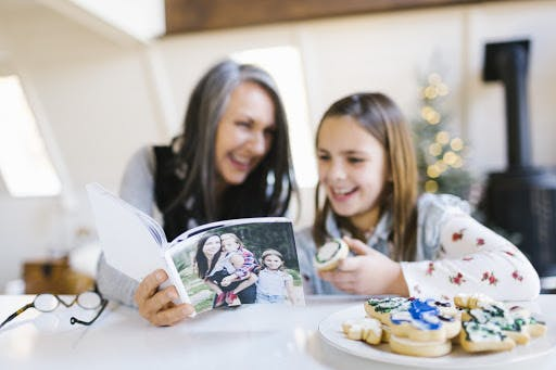 5 Homemade Grandparent Gifts That They Ll Actually Use Chatbooks