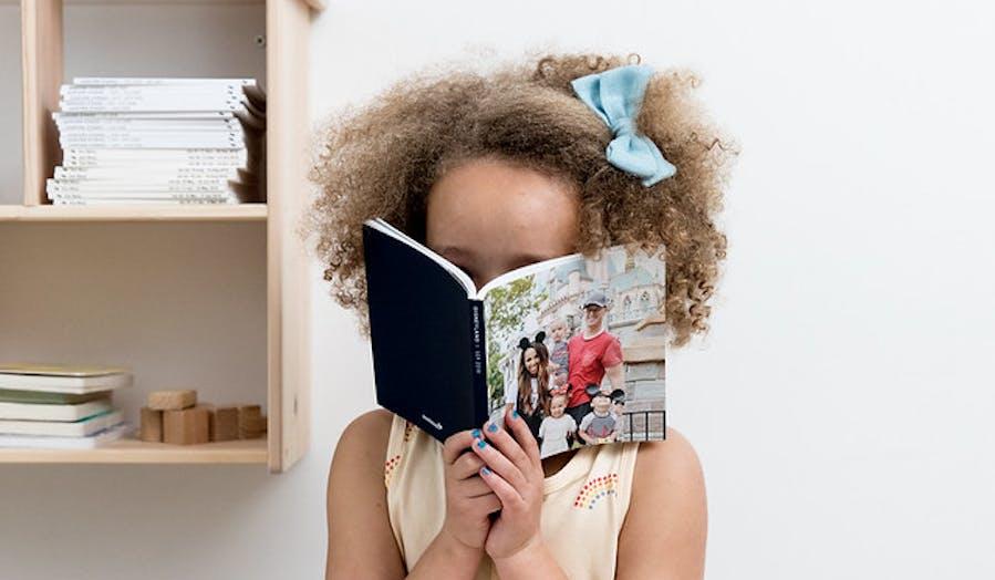 girl reading Chatbooks
