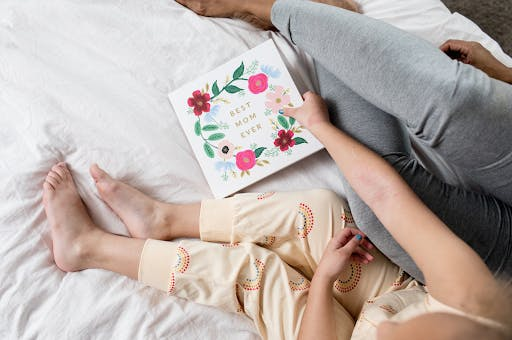 Thoughtful Personalized Gifts For Your Mom