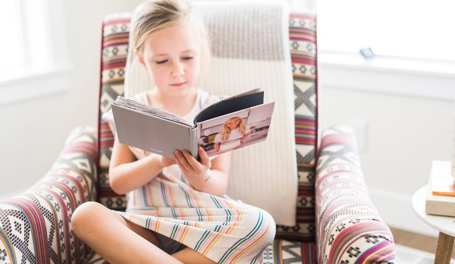 Young girl with Chatbooks