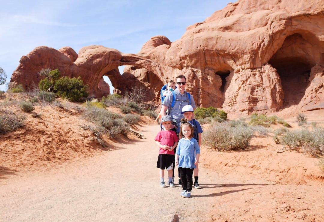 family in Zions National Park