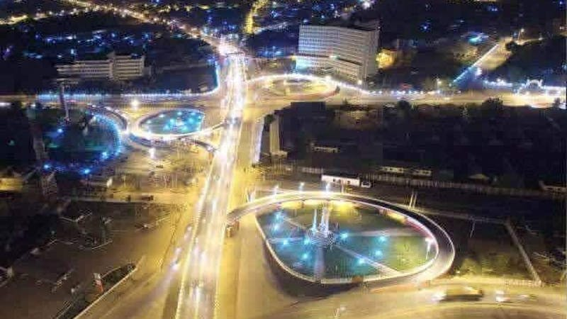 Night view of State Road-kofar Nasarawa and Olusegun Obasanjo Bridge along the Ibrahim Taiwo road and Obasanjo road intersections Just before the lockdown.