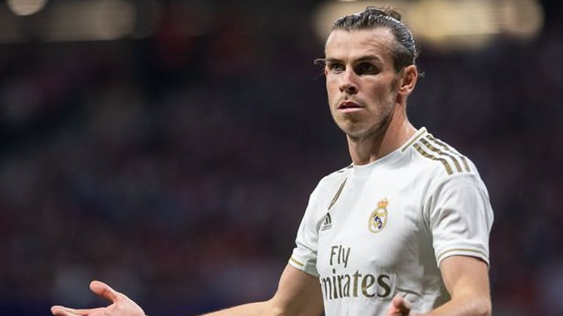 Real Madrid's winger frustrated after he was blamed in the pitch