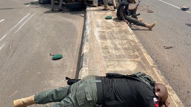 Police officers encounter their death while heading to disrupt an EndSARS protest.
