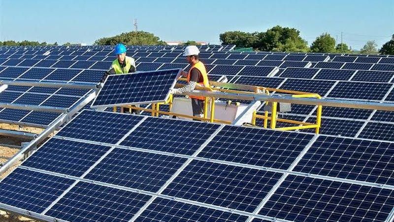 Solar power installation: Solar capacity to increase by 33% in the U.S. in 2020