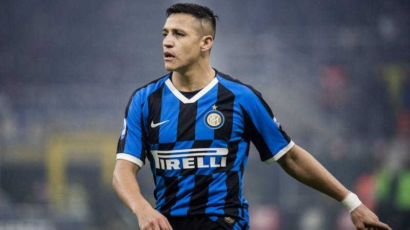 Alexis Sanchez in action for Inter Milan in their home kit