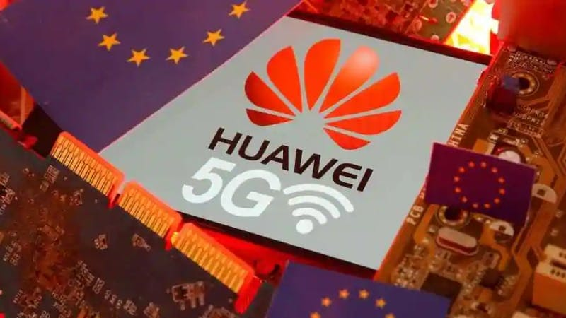 The UK bans Huawei from supplying its network 5G kit