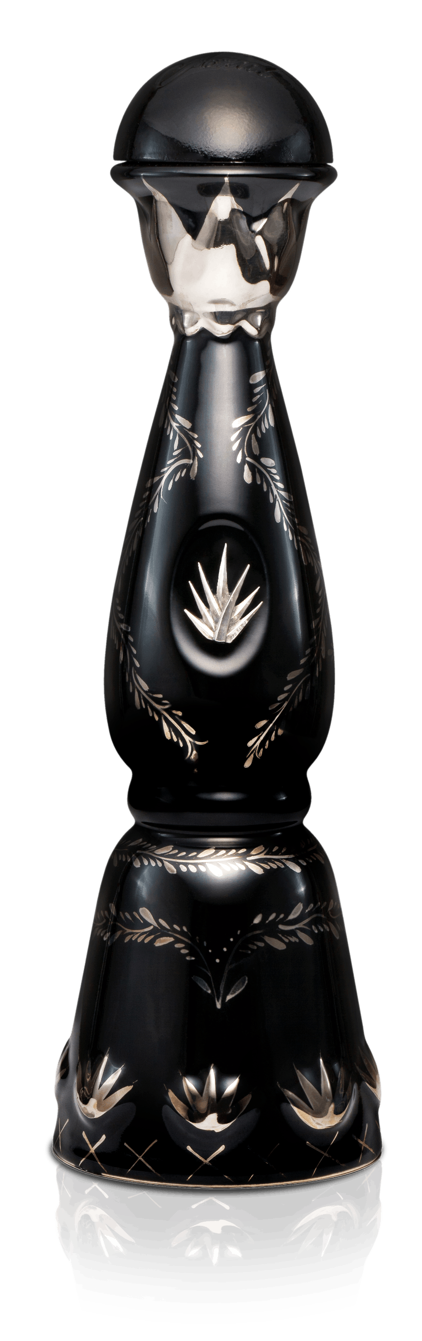 Bottle of Clase Azul Ultra made of black ceramic decorated with platinum and gold paint