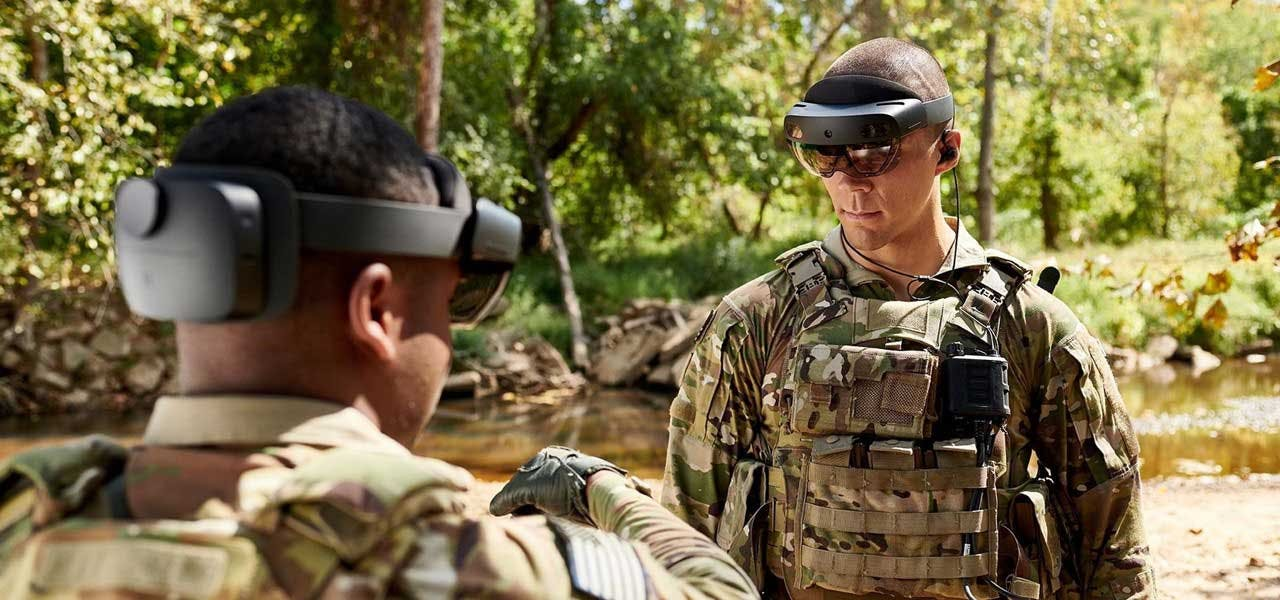 U.S. Army soldiers trainging with Microsoft HoloLens 2 in the woods