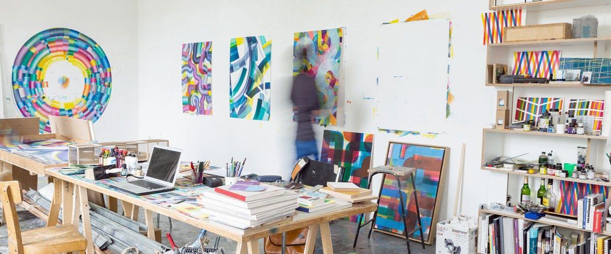 Private Tour - Explore vibrant art scenes in cities across the world