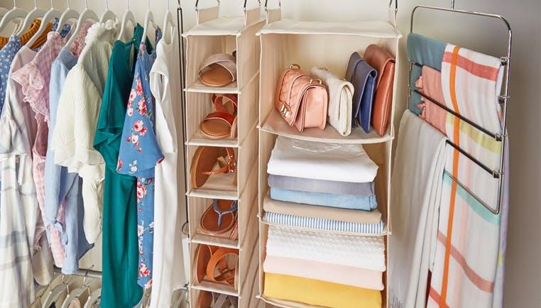 Closet Space Savers: Maximizing Your Closet Space