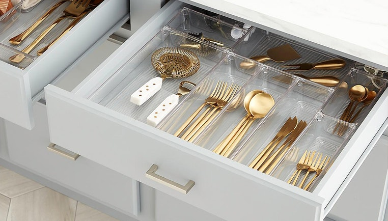 3 Tips for Organizing Kitchen Drawers & Doors