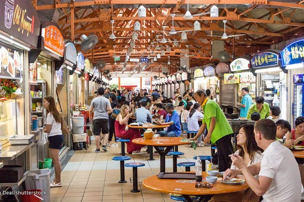maxwell food centre crowded, filled with locals and tourists enjoying food