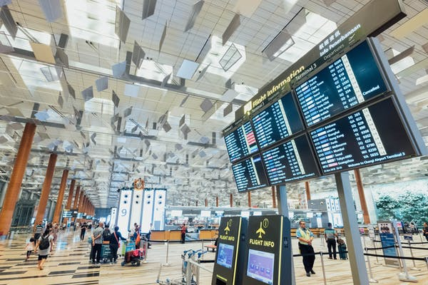 singapore changi airport before covid-19
