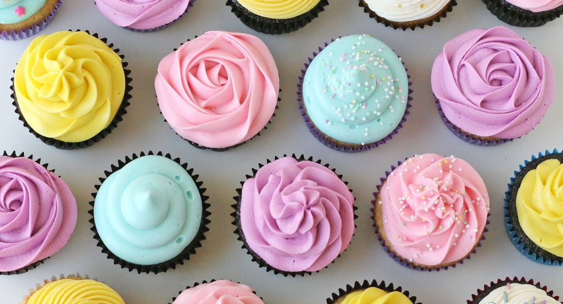 sweet looking pastel coloured cupcakes