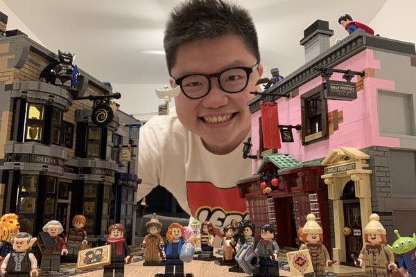 Hendra with his LEGO Minifigues