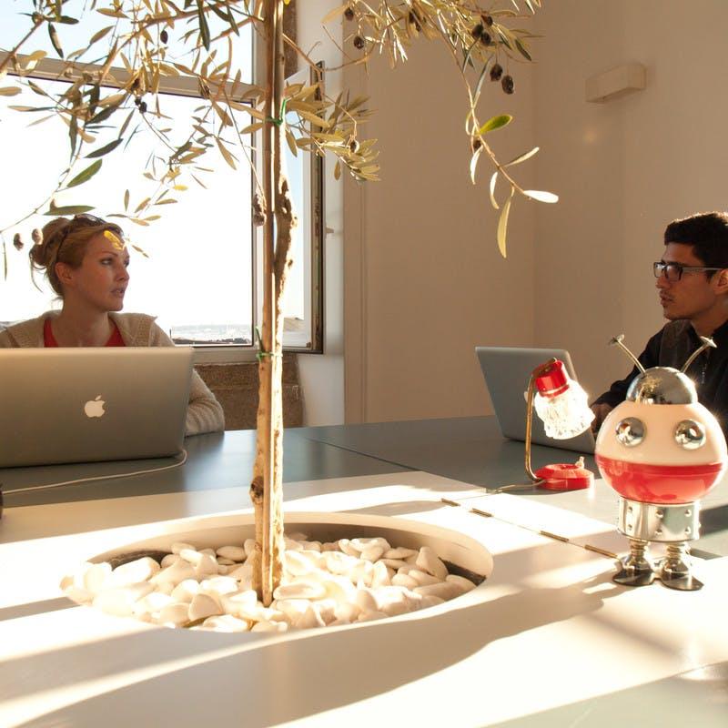 Cowork Central é o sitio chave para coworking creativo