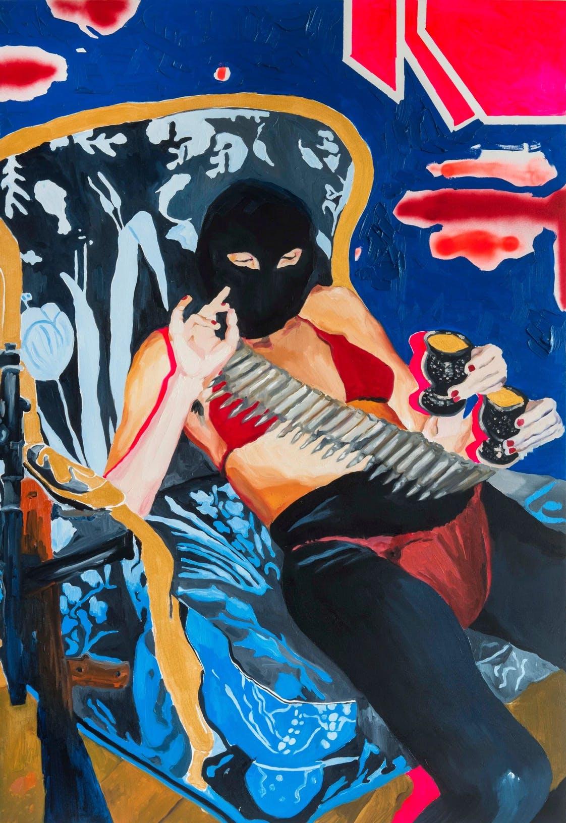 Imagem com pintura de uma mulher sentada, usando máscara e um cinto de cartucho de metralhadora.