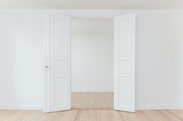 A beautiful white dutch door