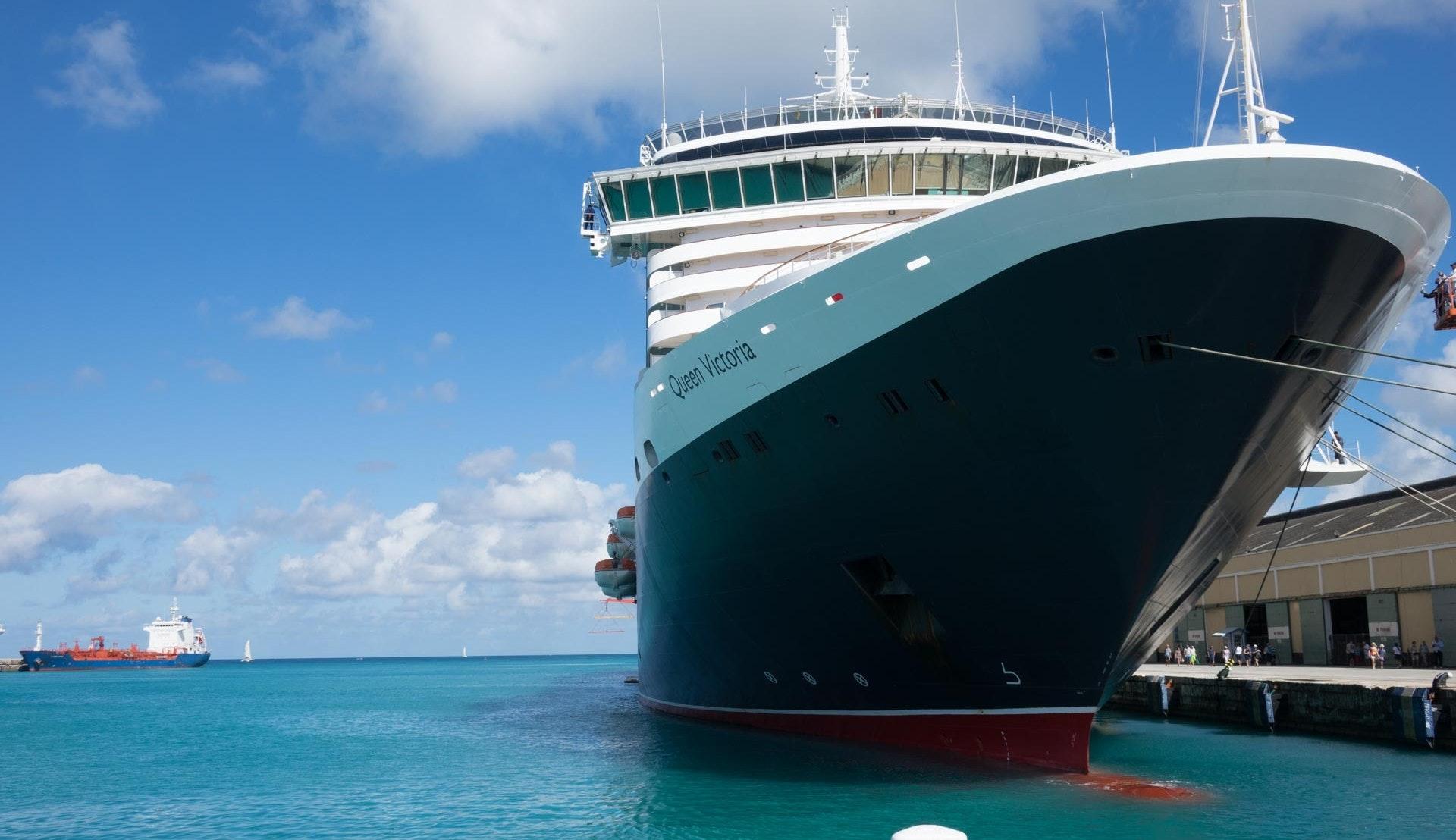 Queen Victoria i Bridgetown cruisehavn © Marc Bossart, Pixabay
