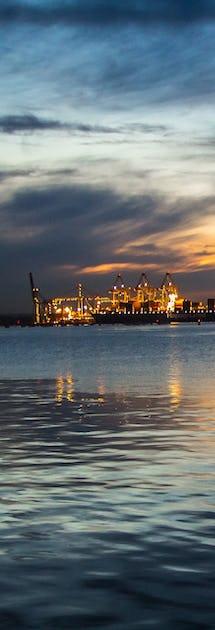 Southampton i kveldslys ©Roman Grac, Pixabay