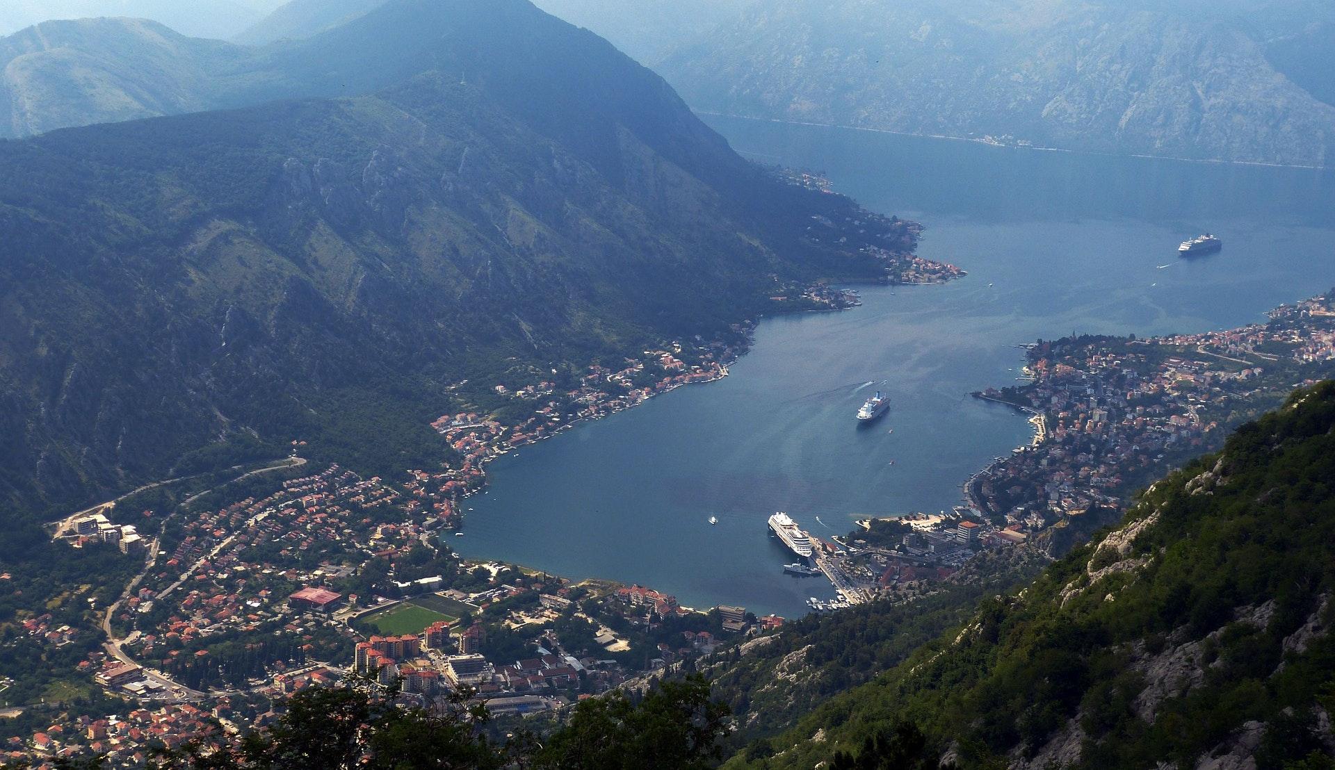 Cruiseskip i Kotor © falco, Pixabay