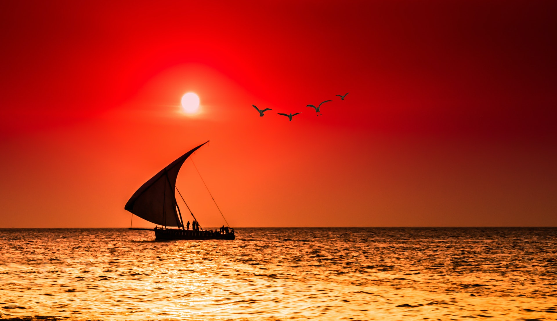 Dhow i solnedgang © bocero1977, Getty Images