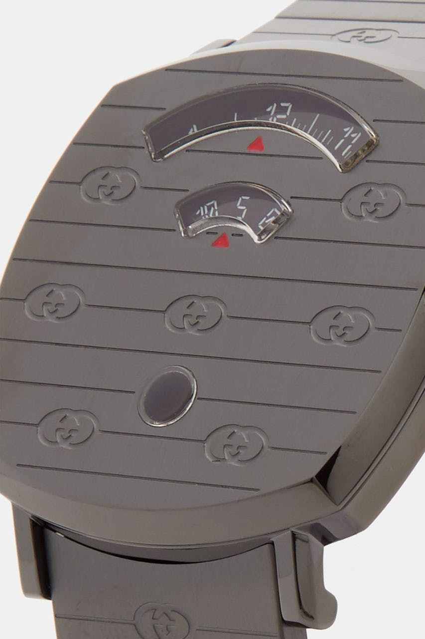 GUCCI RELEASES GRIP WATCH IN STEALTHY GUNMETAL GRAY