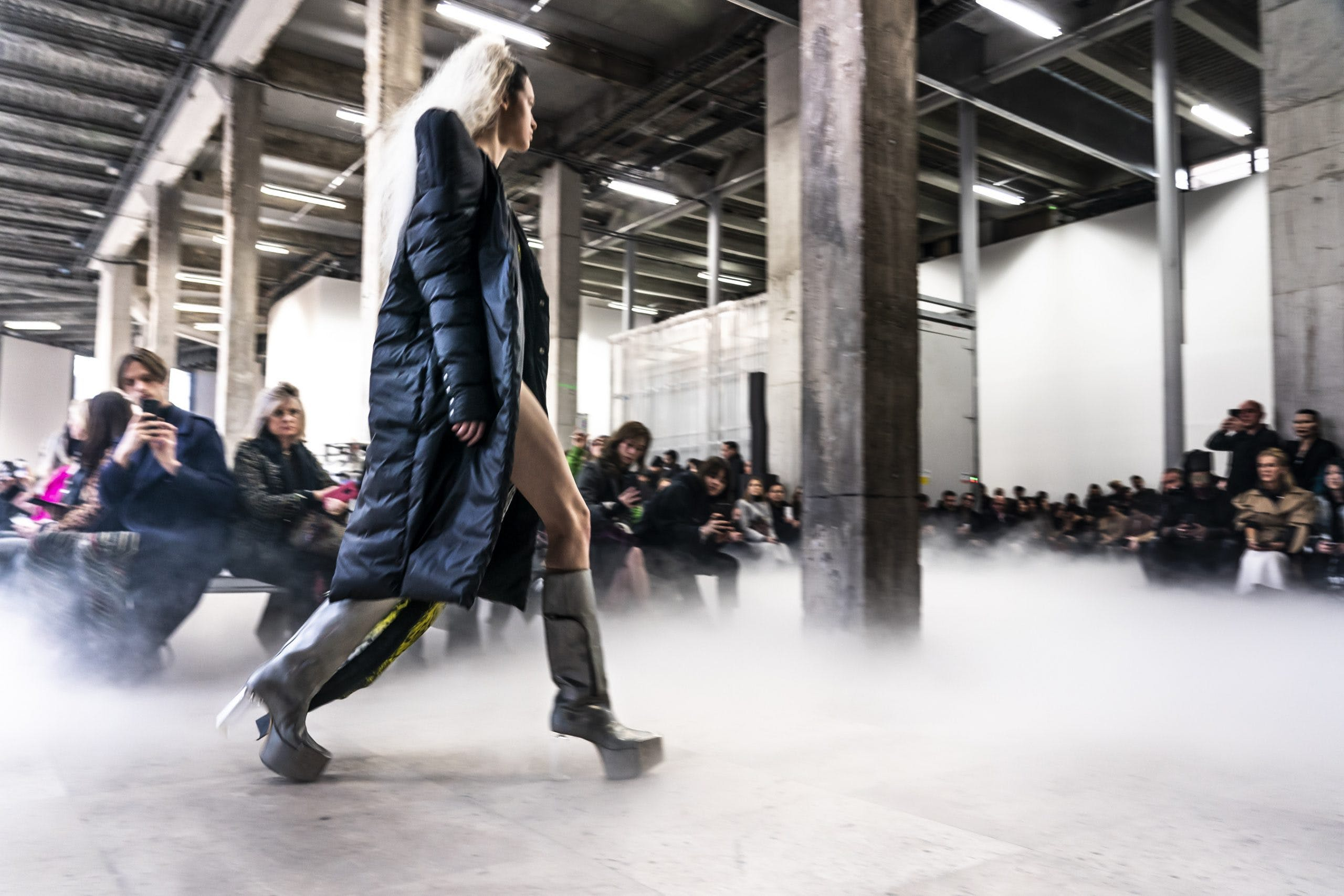 Rick Owens Runway Sharp Shoulder Padded Coat Hight Kiss Grill Boots in Grey Leather Womens FW20 Performa
