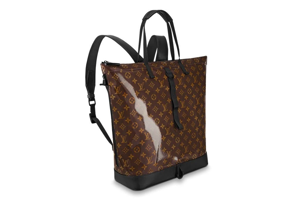 LOUIS VUITTON'S ZIPPED BAG MADE OF HIGH-GLOSS MONOGRAM GLAZE