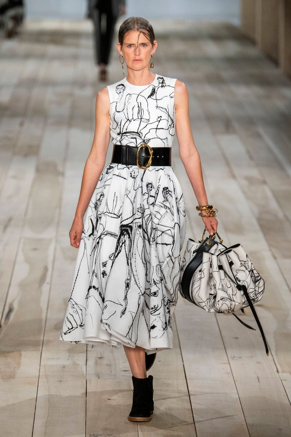 ALEXANDER MCQUEEN BROUGHT LONDON STUDENTS' DRAWINGS TO LIFE