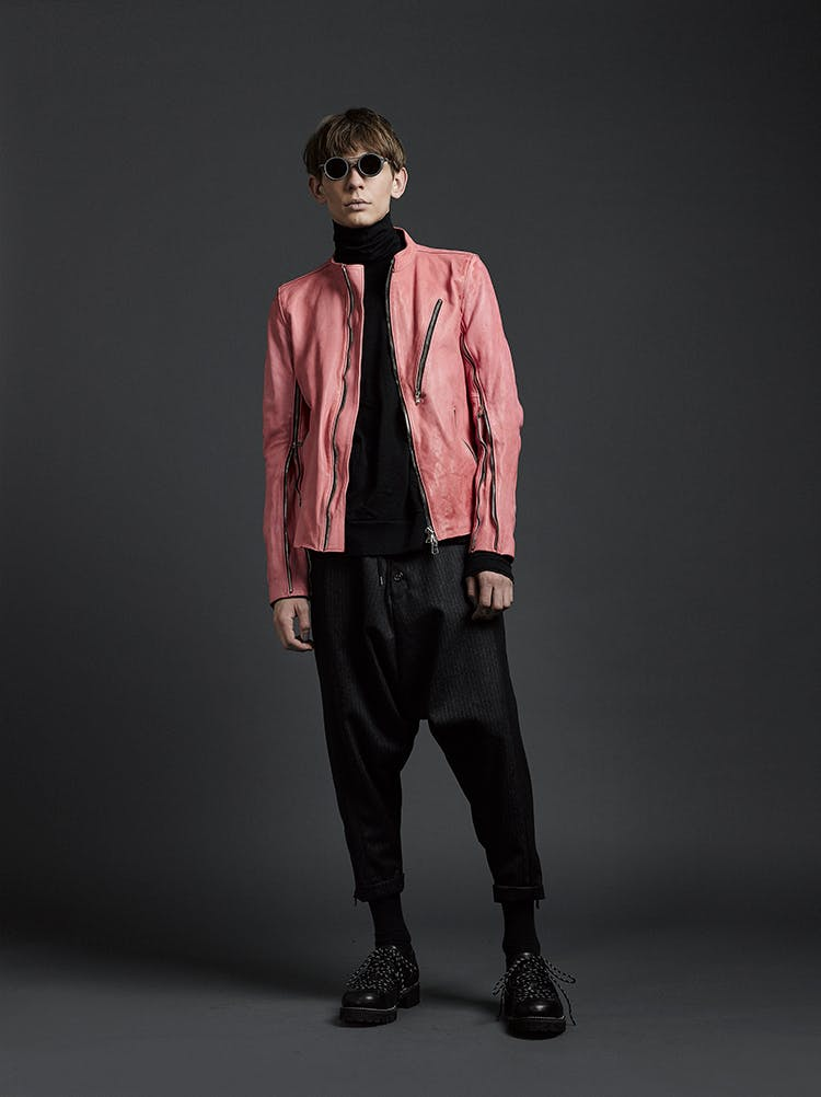The Viridi-Anne Campaign Zip Detail Round Neck Jacket in Pink Leather Turtle Neck in Black Drawstring Loose Fit Trousers Rigards Collaboration Sunglasses in Grey AW19