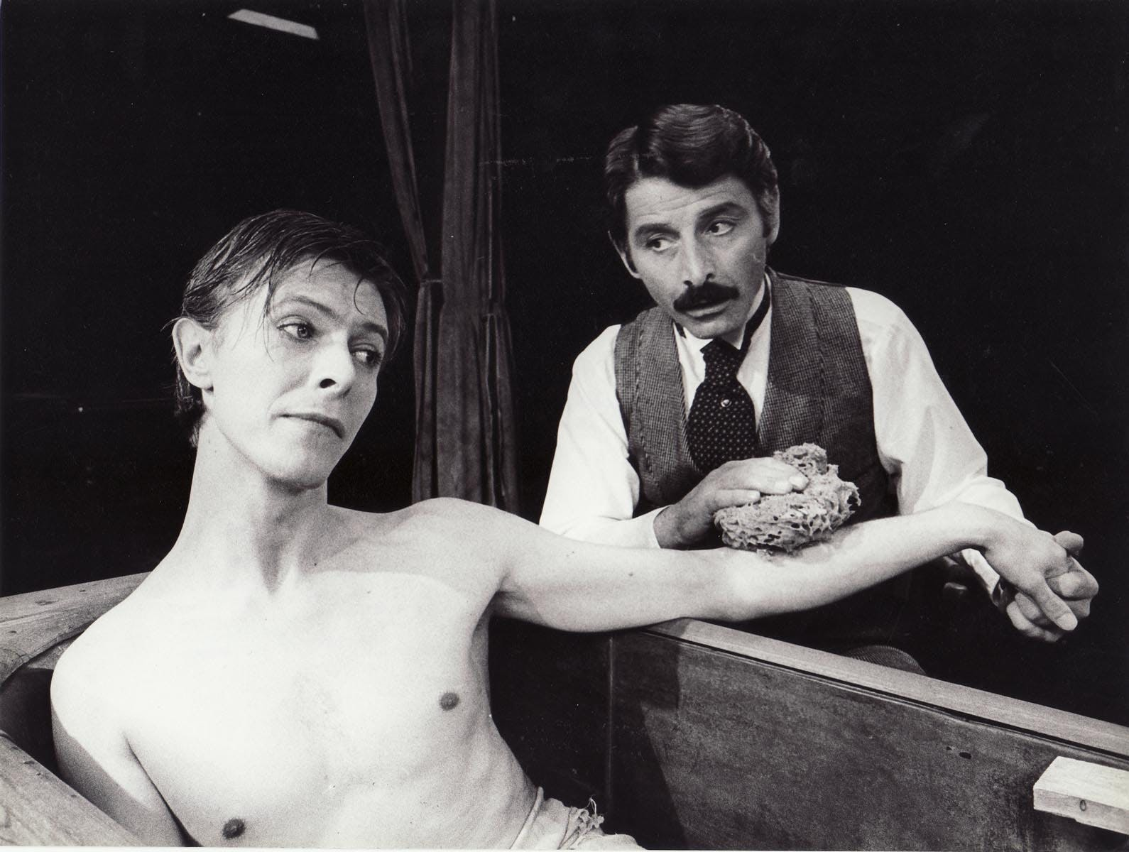 WHEN DAVID BOWIE PLAYED THE ELEPHANT MAN ON BROADWAY IN 1979