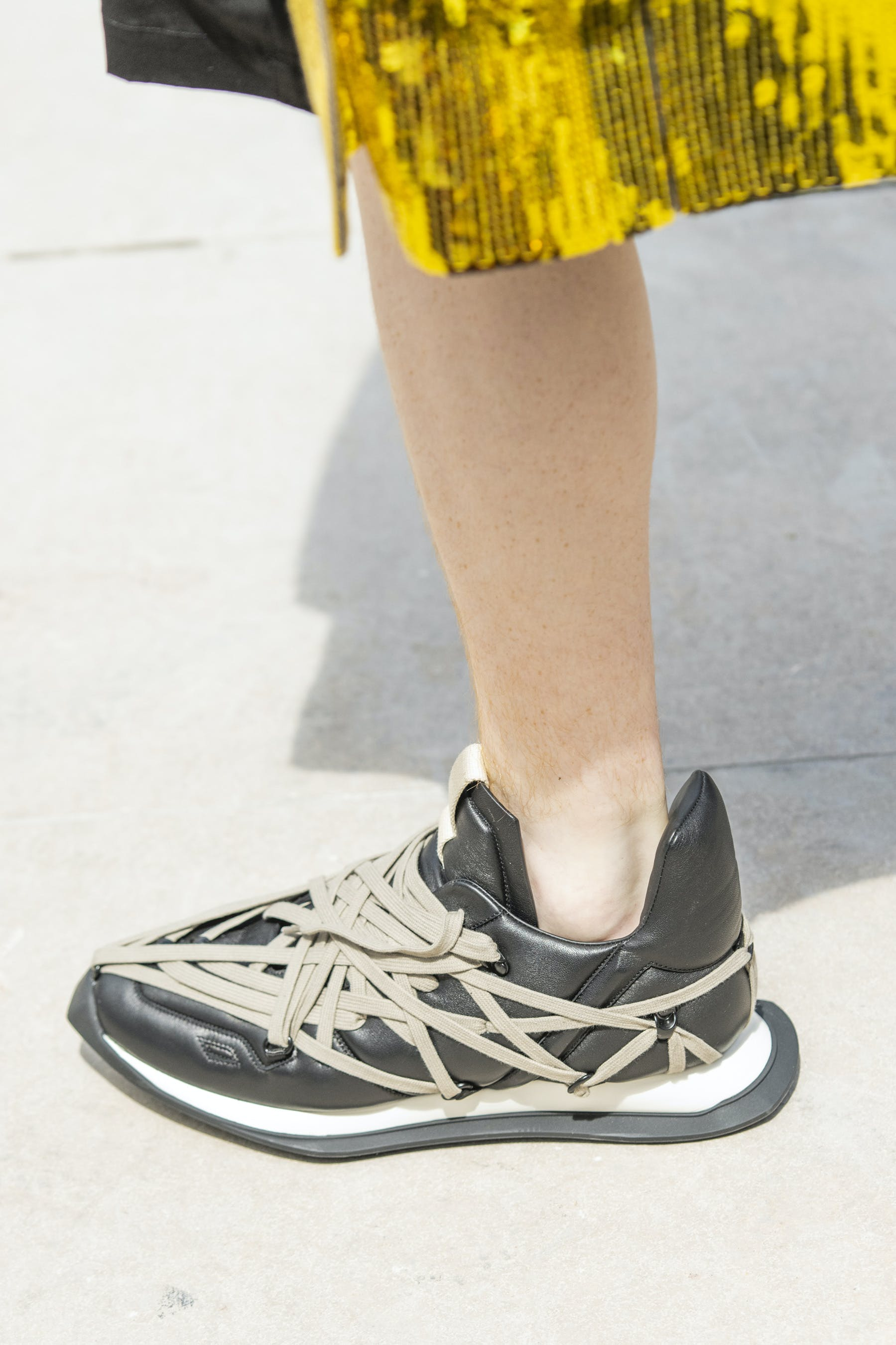 Rick Owens Runway Details Maximal Runner Sneakers In Soft Padded Lamb Leather With Mega Lace Detail Mens SS20 Tecautl