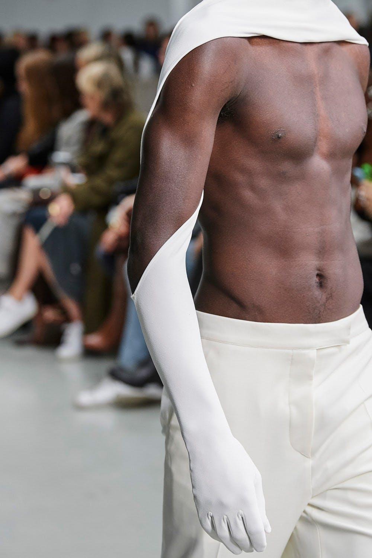 Mugler Runway Details Glove Sleeved Scarf in White Mens Spring 20