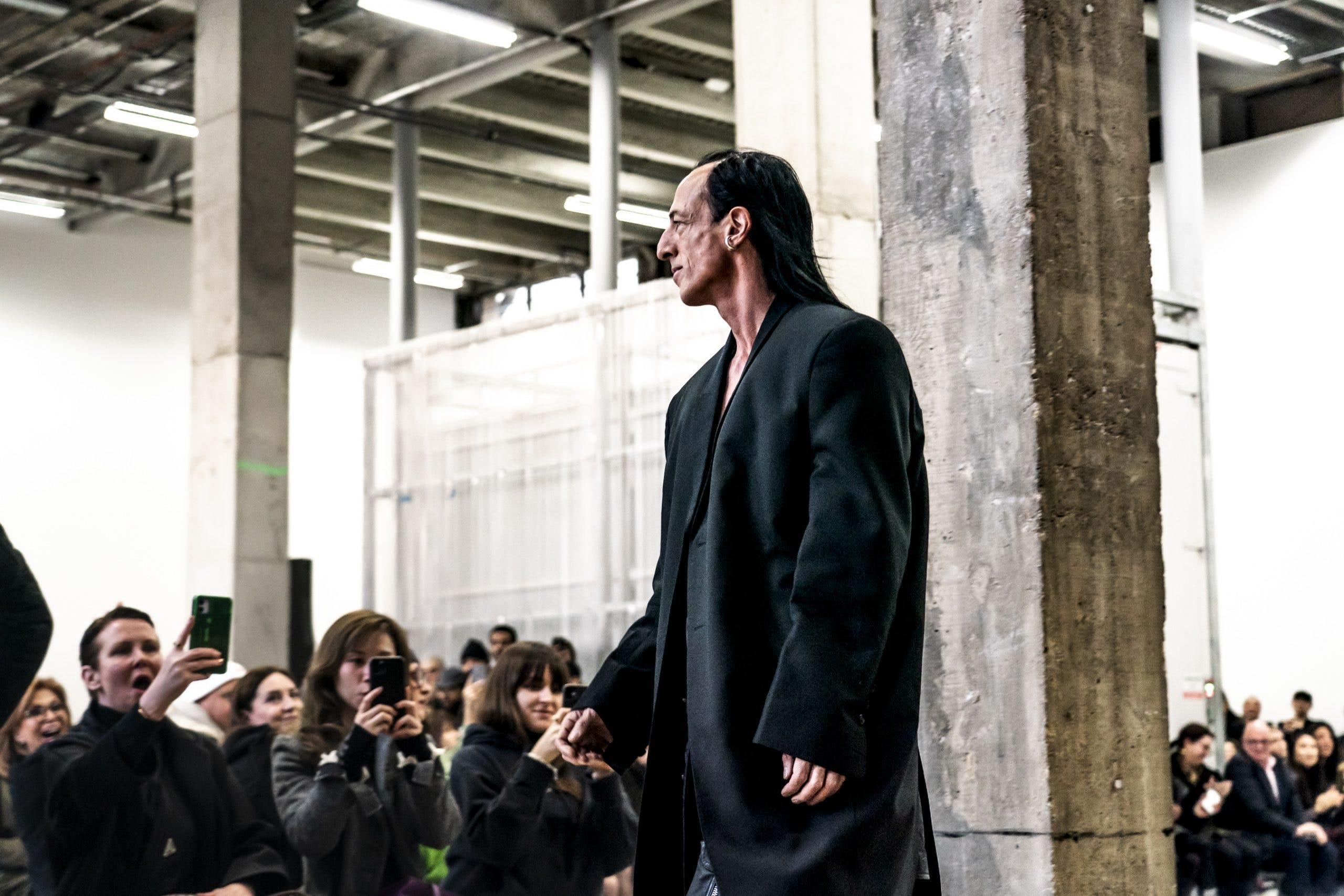 Rick Owens Runway Rick Owens Walk Through in Black Oversized Blazer Womens FW20 Performa