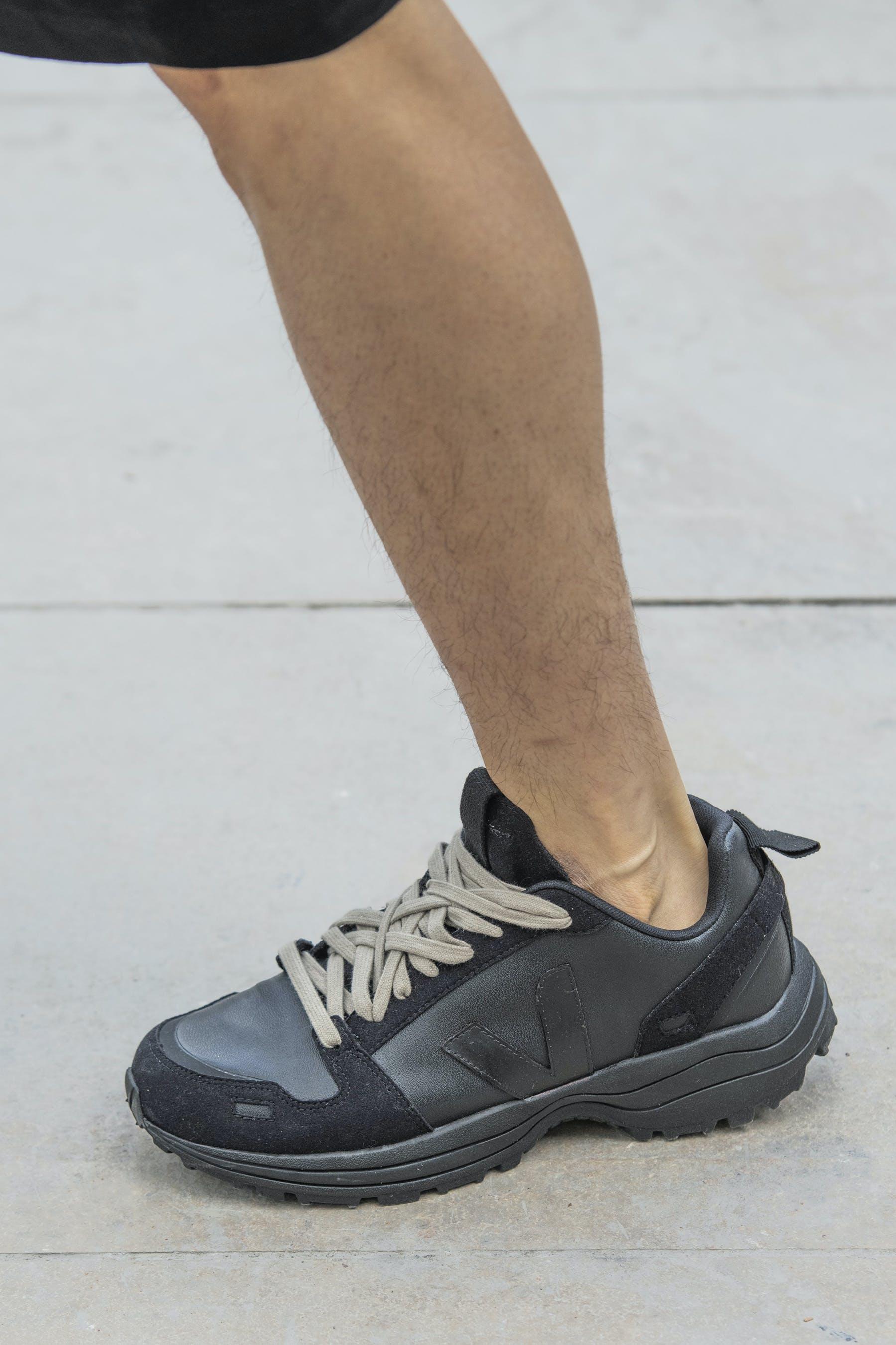 Rick Owens Runway Details Veja Collaboration Hiking Shoe In Black Mens SS20 Tecautl