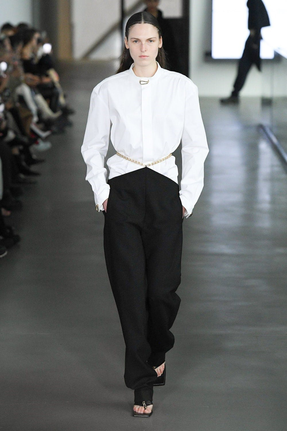 Dio Lee Fall 2020 - Oversized White Shirt