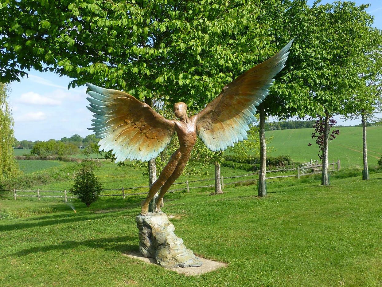 Nicola Godden › Icarus Rising