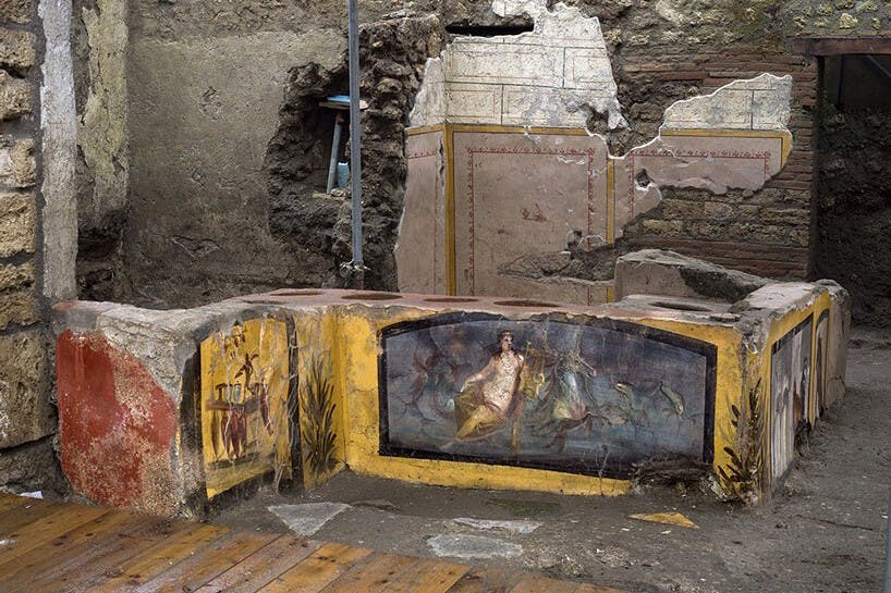 ARCHAEOLOGISTS EXCAVATE ANCIENT FAST FOOD BAR IN POMPEII